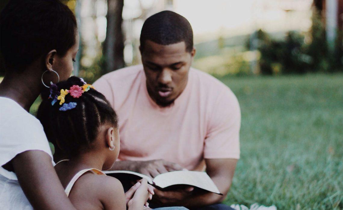 blog-liberia-family-bible